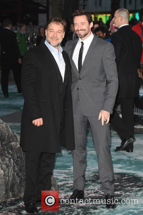Russell Crowe and Hugh Jackman 13