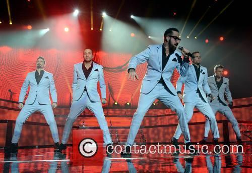 Kevin Richardson, Howie Dorough, Aj Mclean, Brian Littrell and Nick Carter - Backstreet Boys 2