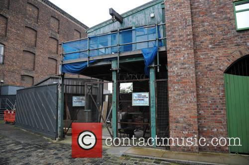 armstrong construction coronation street the tour 4137573