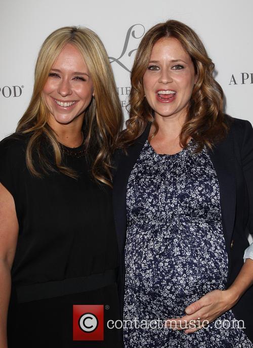 Jennifer Love Hewitt and Jenna Fischer 2