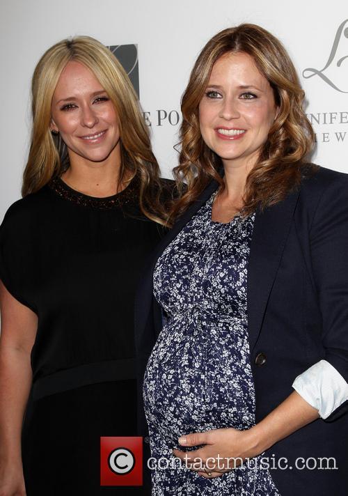 Jennifer Love Hewitt and Jenna Fischer 3