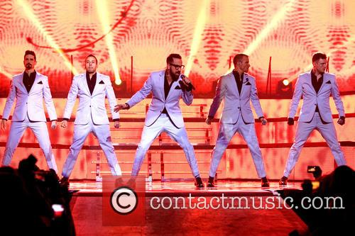 A. J. Mclean, Howie Dorough, Nick Carter, Kevin Richardson and Brian Littrell 3