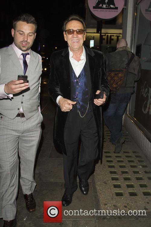Robert Lindsay leaving Groucho Club