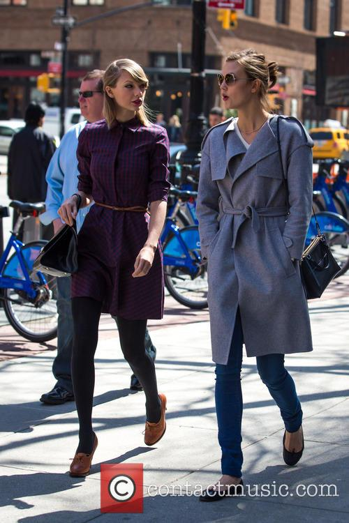 Taylor Swift and Karlie Kloss 4