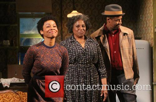 Anika Noni Rose, Latanya Richardson Jackson and Denzel Washington 4