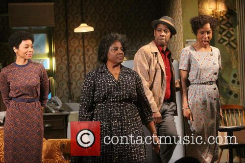 Anika Noni Rose, Latanya Richardson Jackson, Denzel Washington and Sophie Okonedo 6