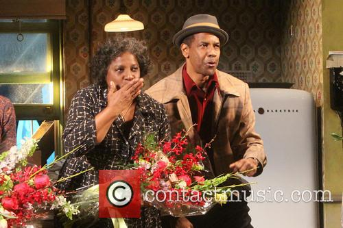 Latanya Richardson Jackson and Denzel Washington 1