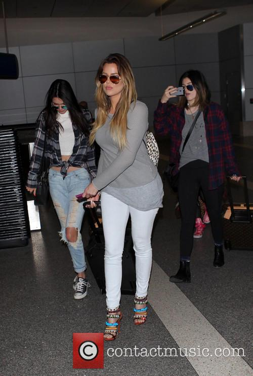 Khloe Kardashian, Kendall Jenner and Kylie Jenner 5