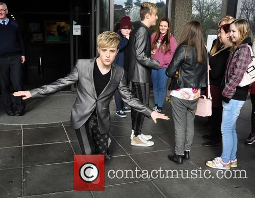 Jedward meeting fans at RTE Studios