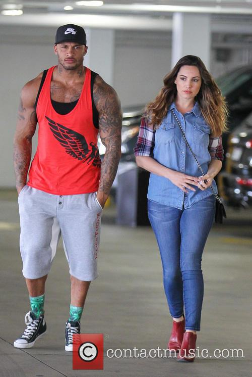 Kelly Brook and fiance running errands