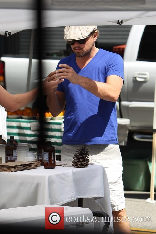 Leonardo DiCaprio and Toni Garrn shopping at the Beverly Hills Farmers Market