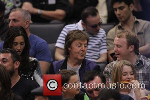 Paul Mccartney, Nancy Shevell and James Mccartney 4