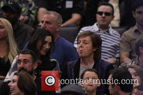 Paul Mccartney and Nancy Shevell 9
