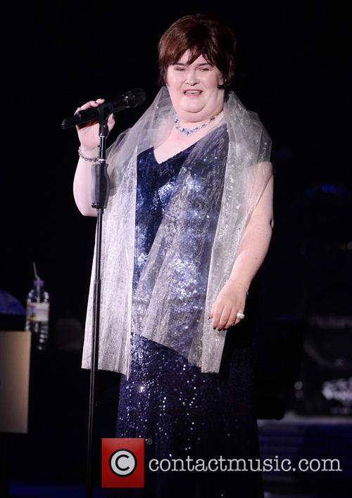 Susan Boyle performing live in cocnert