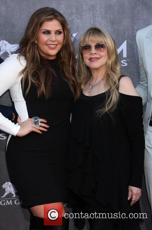Hillary Scott and Stevie Nicks 3