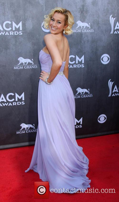 Kellie Pickler 7