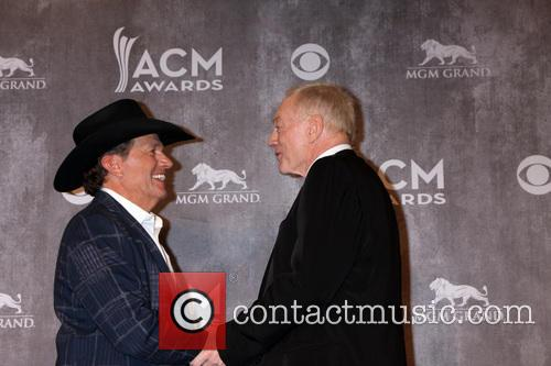 George Strait, Jerry Jones, MGM Grand Garden Arena
