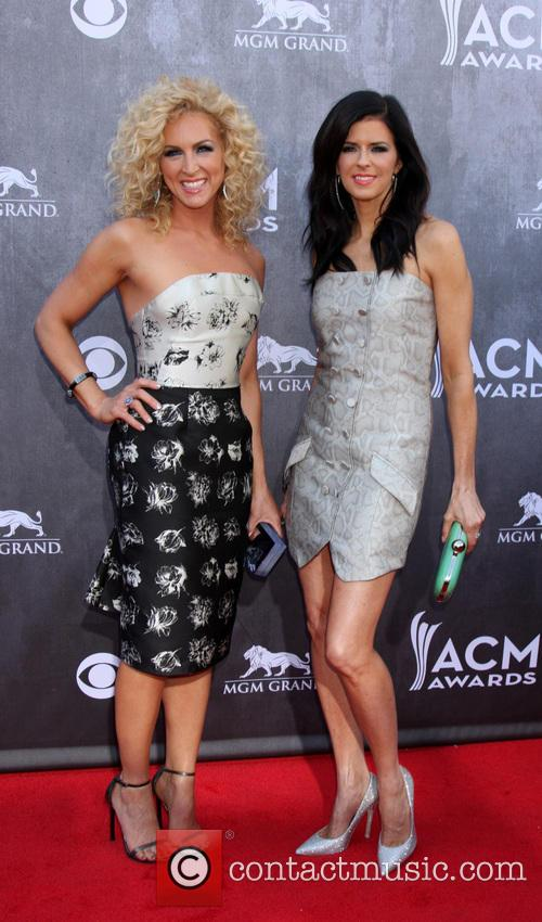 kimberly schlapman karen fairchild 49th annual academy of 4145701