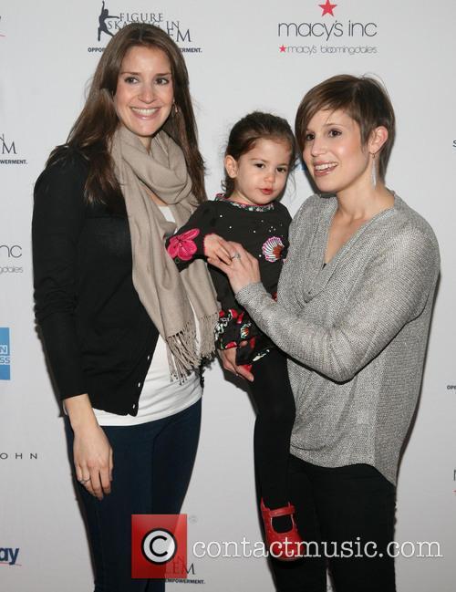 Alana Feld, Pfeiffer and Nicole Feld 1