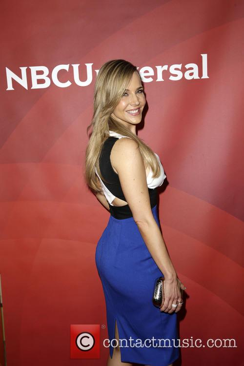 Julie Benz 3