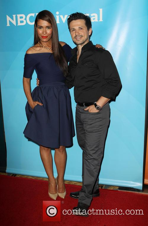 Daniella Alonso and Freddy Rodriguez 8