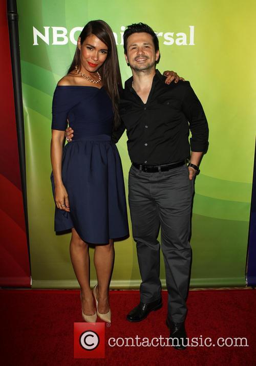 Daniella Alonso and Freddy Rodriguez 6