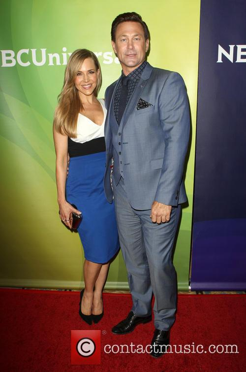 Julie Benz and Grant Bowler 6
