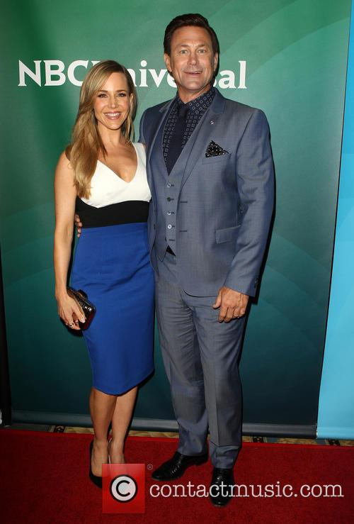 Julie Benz and Grant Bowler 8