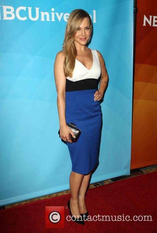 Julie Benz 9