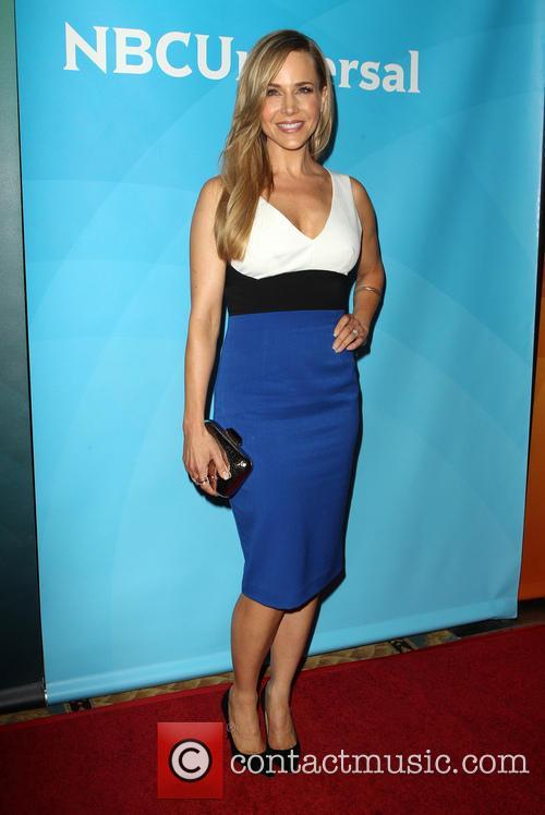Julie Benz 22