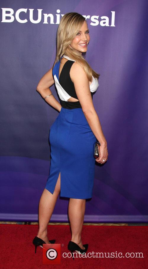 Julie Benz 1