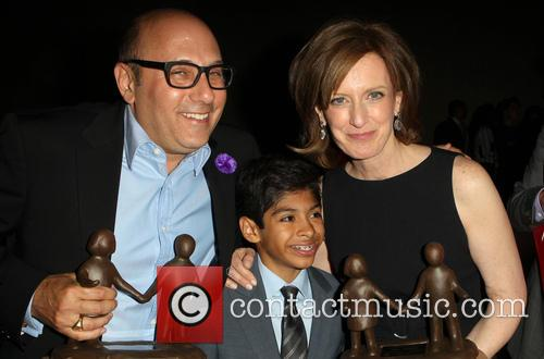 Willie Garson, Nathen Garson and Anne Sweeney 4