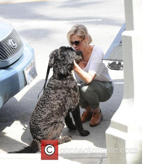 Jennie Garth with her dog