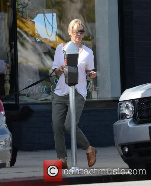 jennie garth jennie garth with her dog 4147592