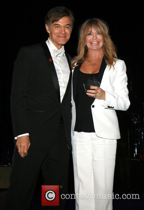 Dr. Mehmet Oz and Goldie Hawn 2