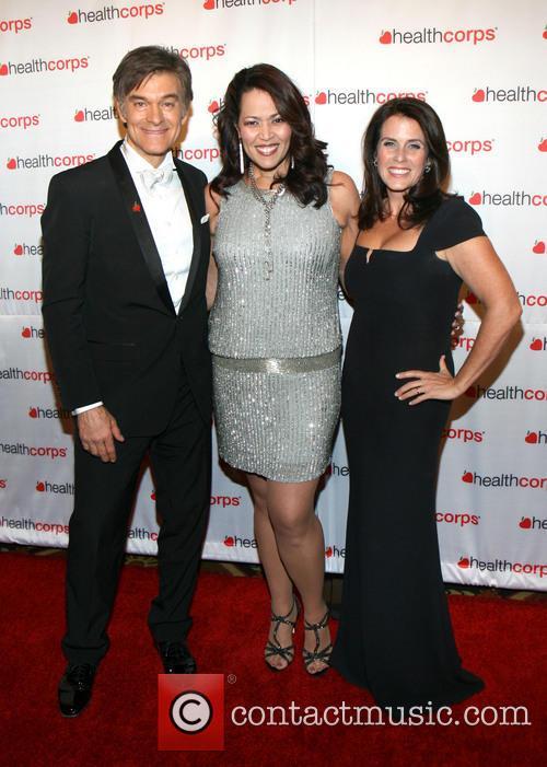 Dr. Mehmet Oz, Judy Torres and Lisa Oz 5