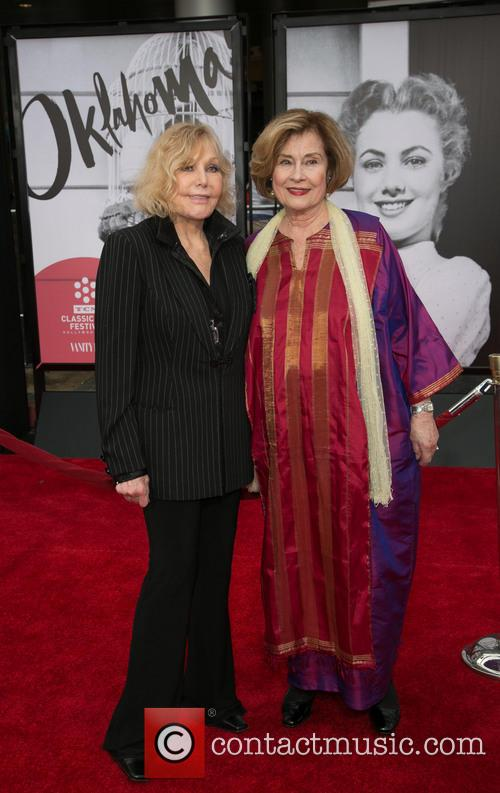 Kim Novak and Diane Baker 11