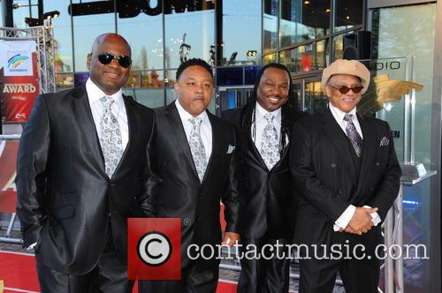 Earth and Wind & Fire Experience feat. The Al McKay Allstars 2