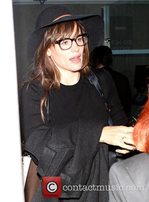 Jennifer Garner arrives at Los Angeles International (LAX) airport