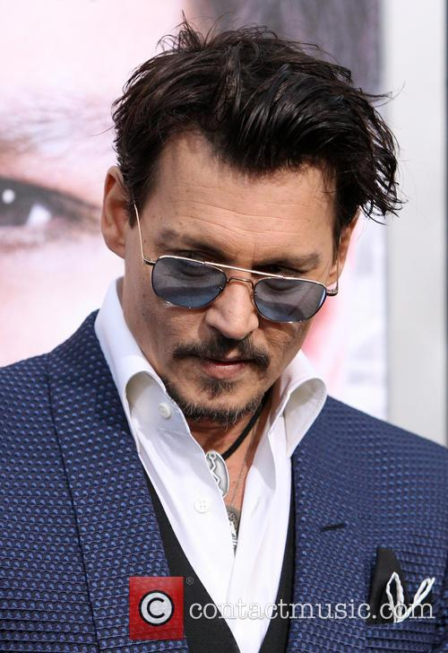 johnny depp premiere of warner bros pictures 4150869