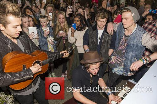 James Mcvey, Bradley Simpson, Connor Ball, Tristan Evans and The Vamps 7