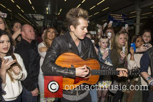 James Mcvey and The Vamps 2