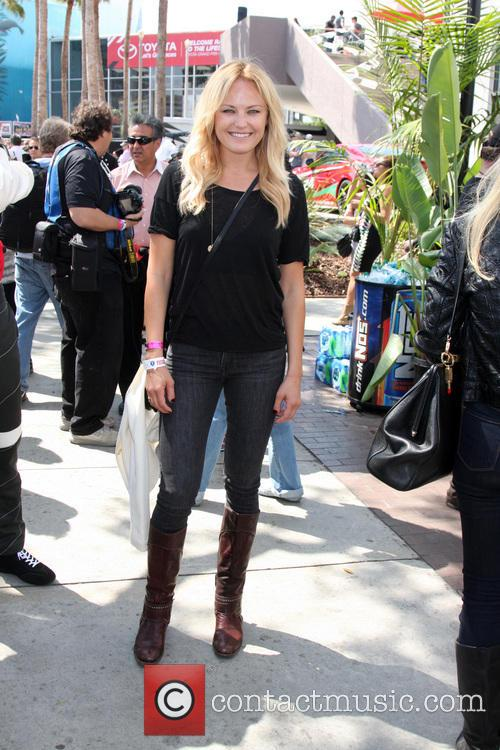 malin akerman long beach grand prix proceleb 4153033