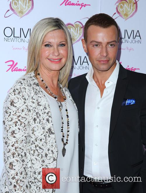 Olivia Newton John and Joey Lawrence 8