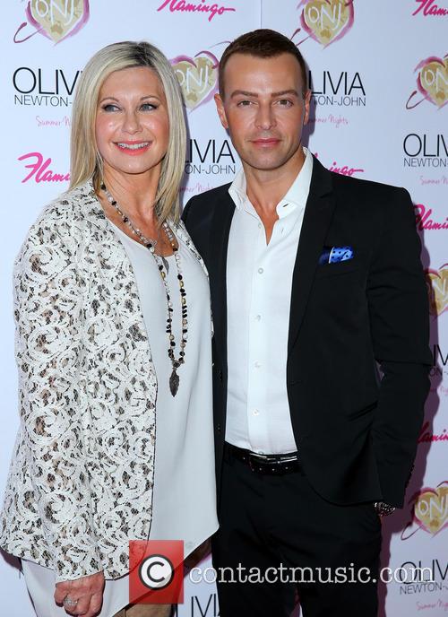 Olivia Newton John and Joey Lawrence 5