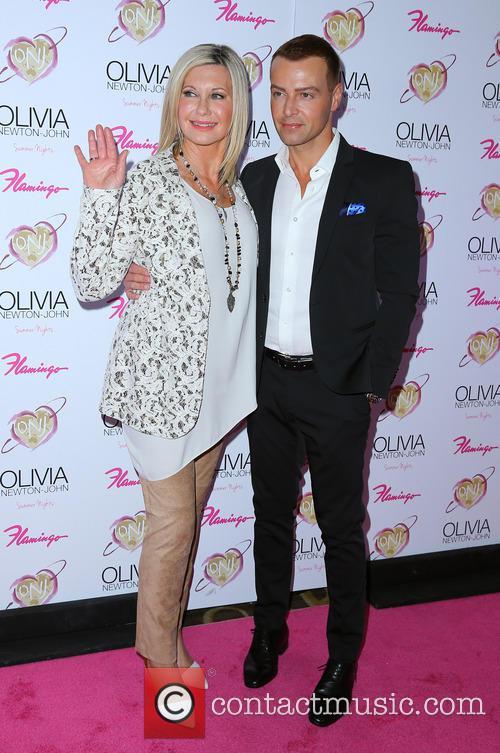Olivia Newton John and Joey Lawrence 6