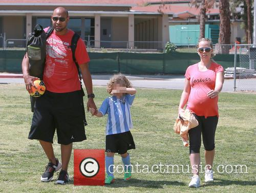 Hank Baskett, Hank Basket Iv and Kendra Wilkinson 5