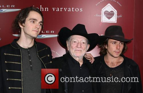 Willie Nelson, Lukas Nelson and Micah Nelson 3