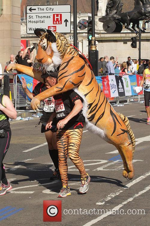 runners virgin money london marathon 4153766