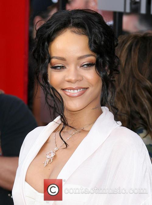 rihanna mtv movie awards 2014 arrivals 4154743